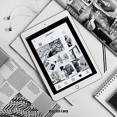 DISTRICT F — Как залить png-картинки и сделать из них уникальный коллаж прямо в Instagram? (видео)
