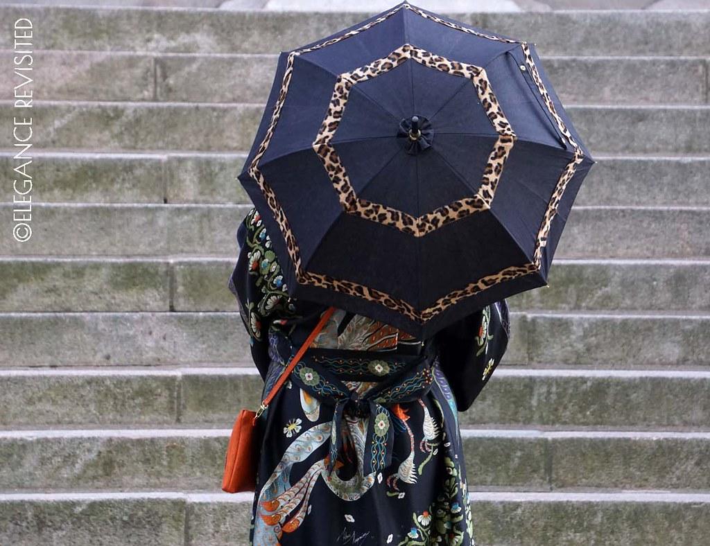 kimono1300 x 1000