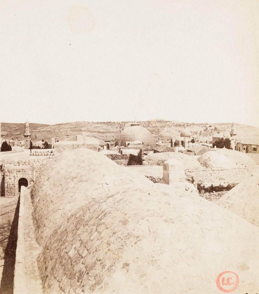30. Иерусалим. Виа Долороза. Крыша храма Гроба Господня