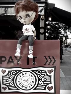 Blythe-a-Day 4 - Dungaree Doll: Peanut