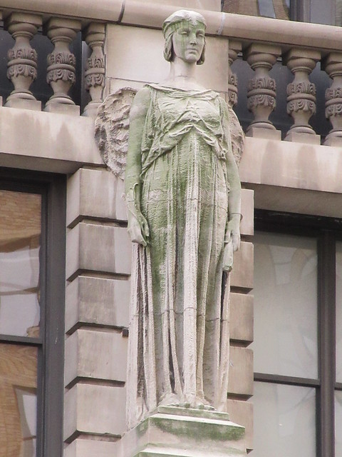 2019 Free Standing Female Statue Holding a Quill Pen and Rolled Paper 7168