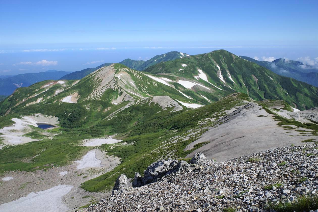 夏の雪倉岳~朝日岳