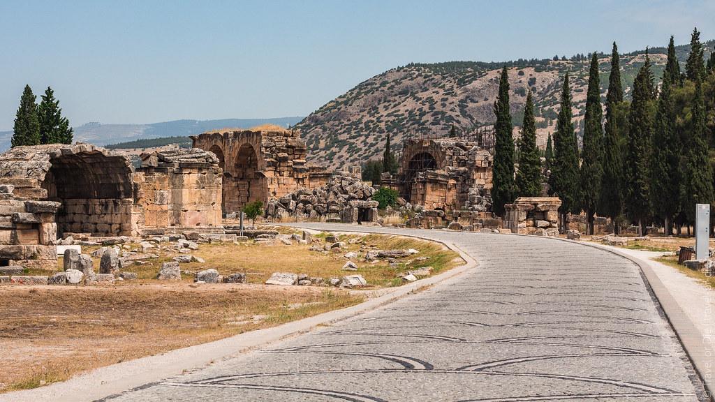 Ancient-City-Hierapolis-Turkey-5386