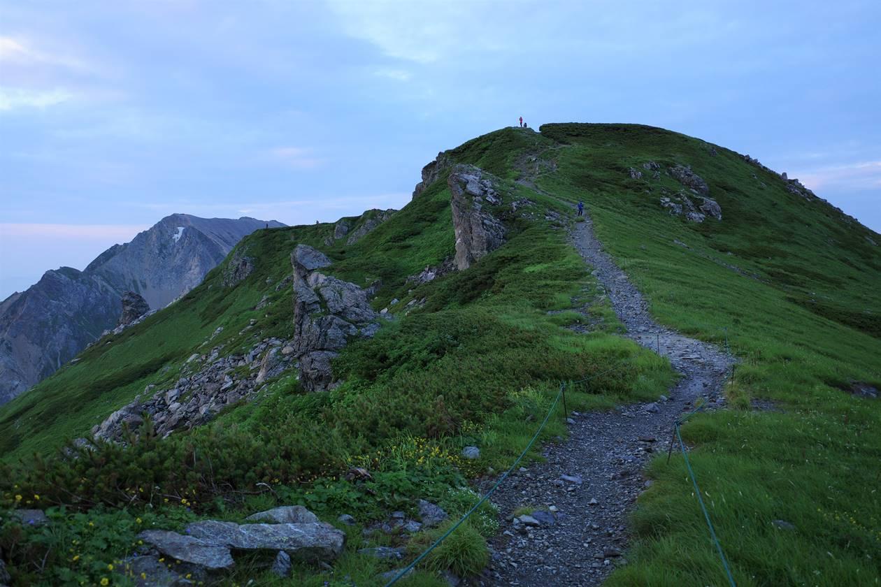 早朝の白馬岳・丸山へ