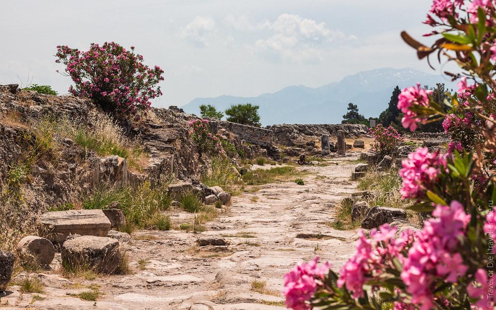 Ancient-City-Hierapolis-Turkey-5416