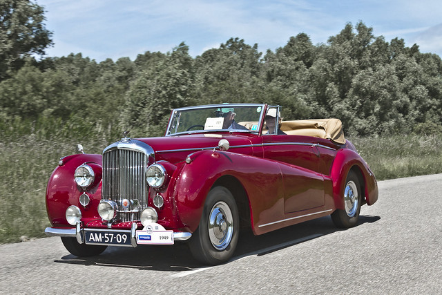 Bentley Mk VI DHC Abbott 1949 (3867)