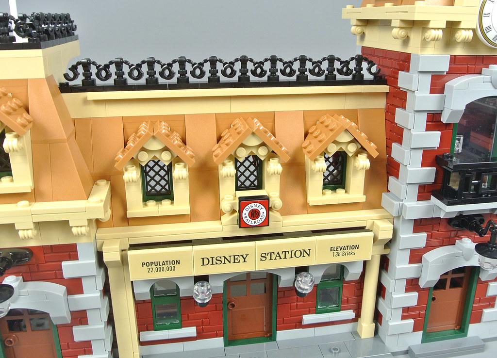 Lego Lot Of 4 Wavy Flags Castle Yellow Flag Build A Kingdom Grey Pole