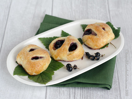 Eccles Cakes mit Johannisbeeren (2)