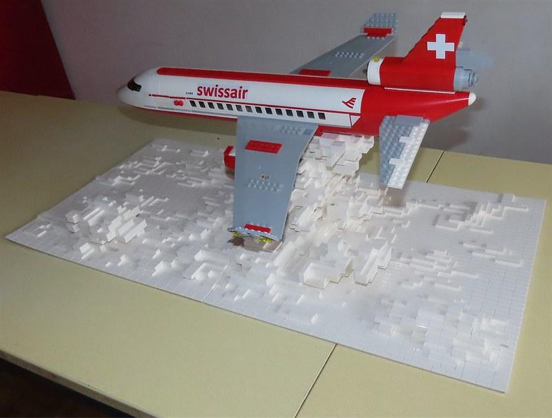 Un avion de ligne Lego 48512512552_eb5e945a33_c