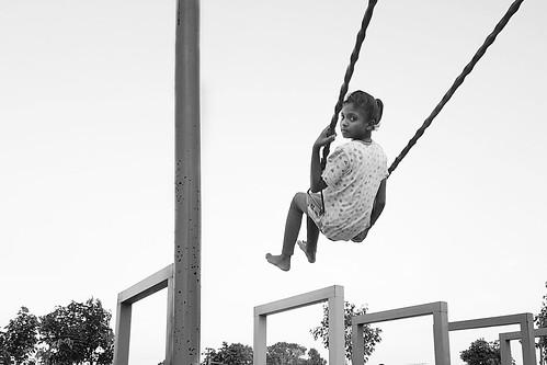 street streetphotography people candid kids kidsonpark swing katoratalab