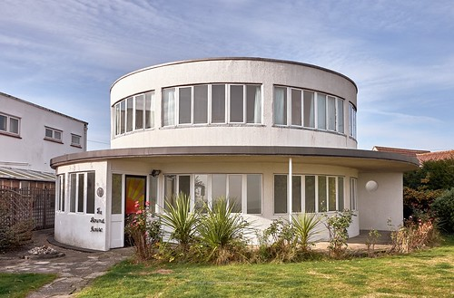 The Roundhouse, Frinton Park Estate