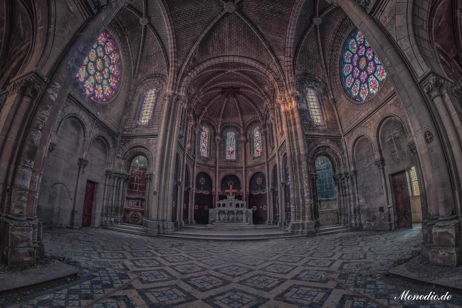 Eglise Olonna