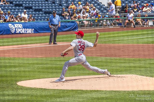 Pitching - #39 Miles Mikolas - Cardinals at Pirates