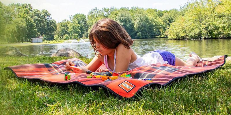 LEGO Picnic Blanket GWP