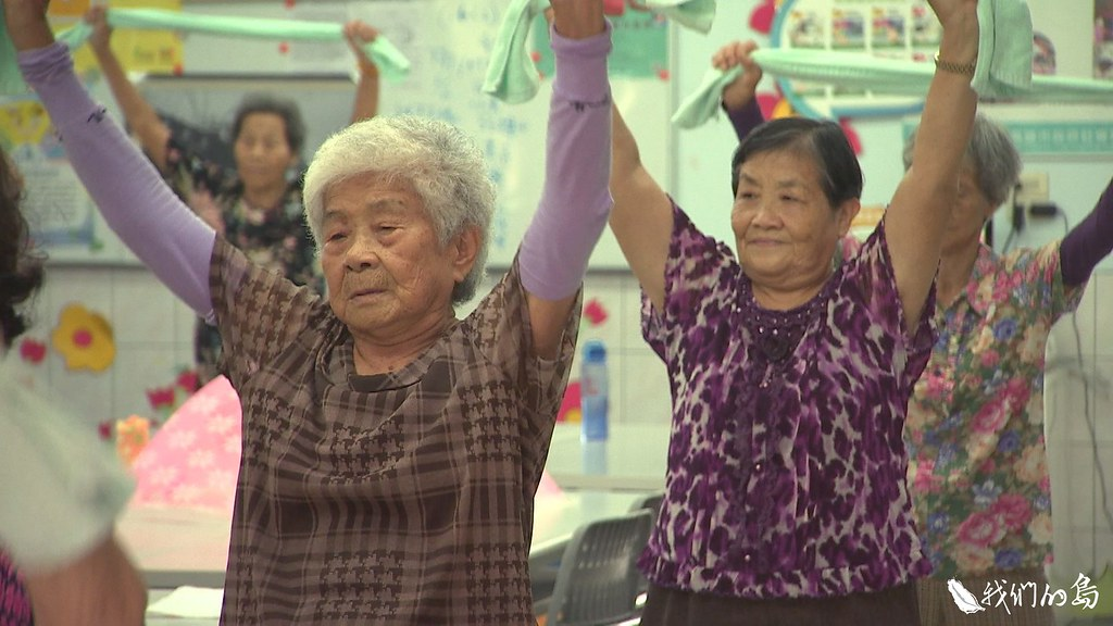溪洲南新社區「老人照顧老人」的共老模式,及時在八八風災後發揮重建功能。