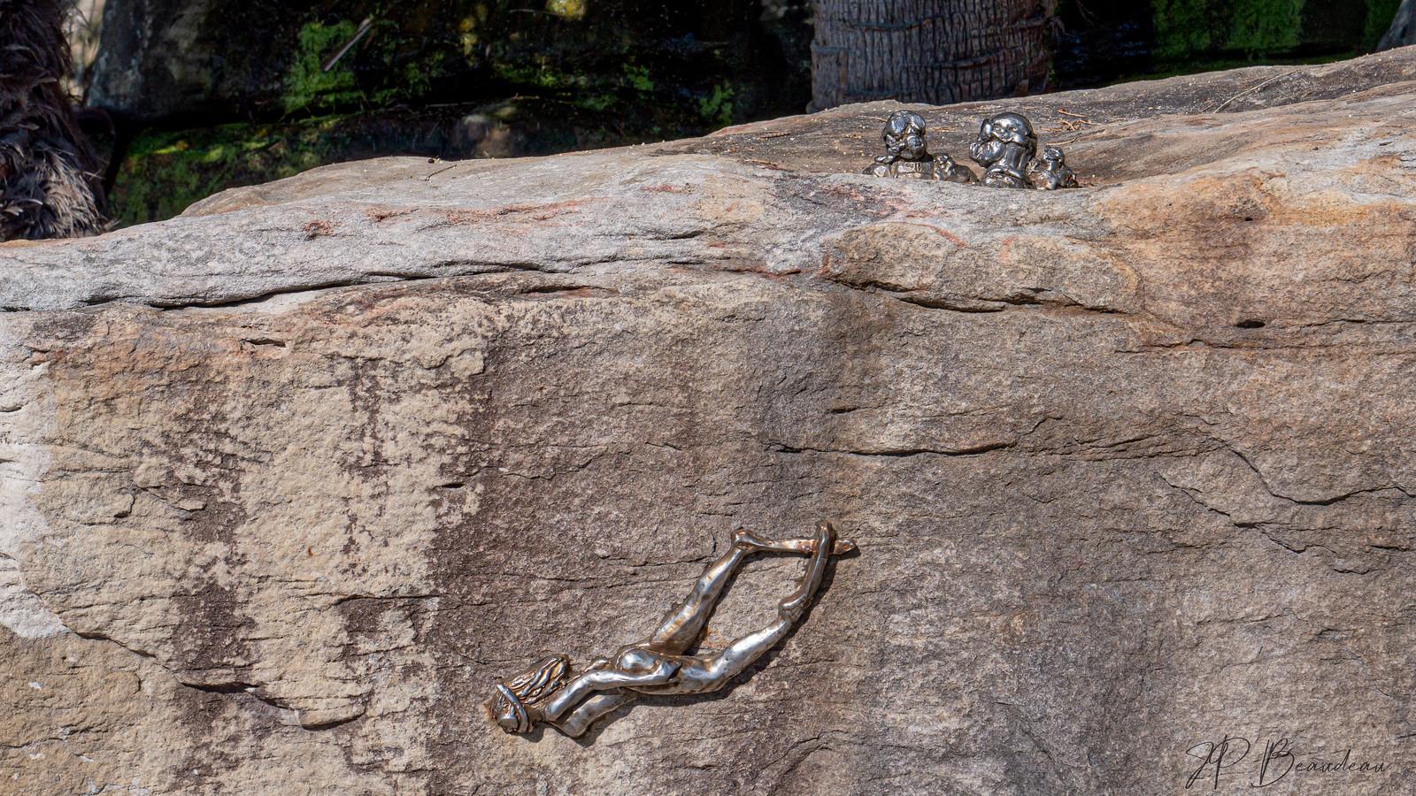 le fer et la pierre  48516826287_d04ccfa251_h