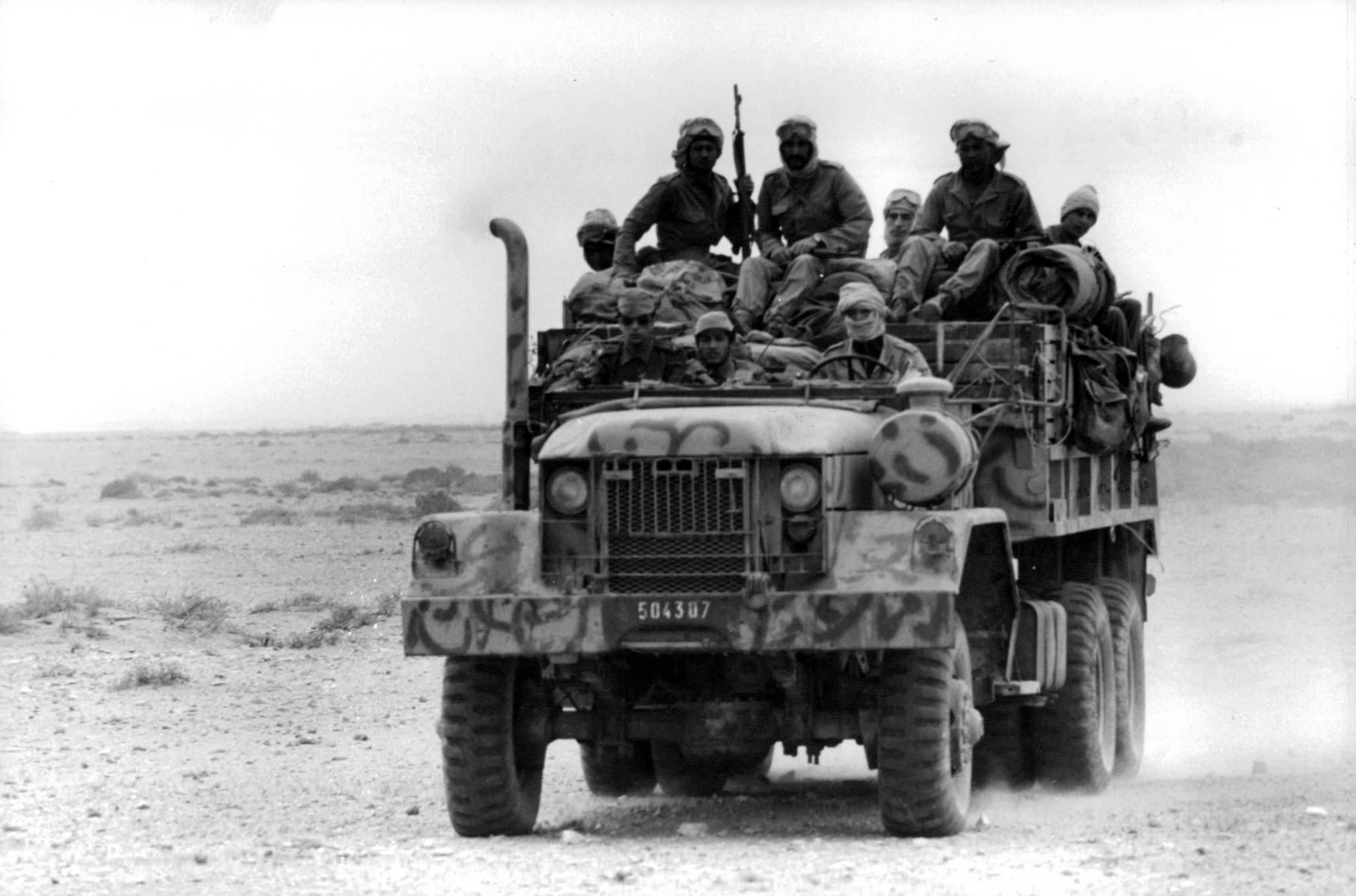 Le conflit armé du sahara marocain - Page 11 48516867986_6009875fca_o