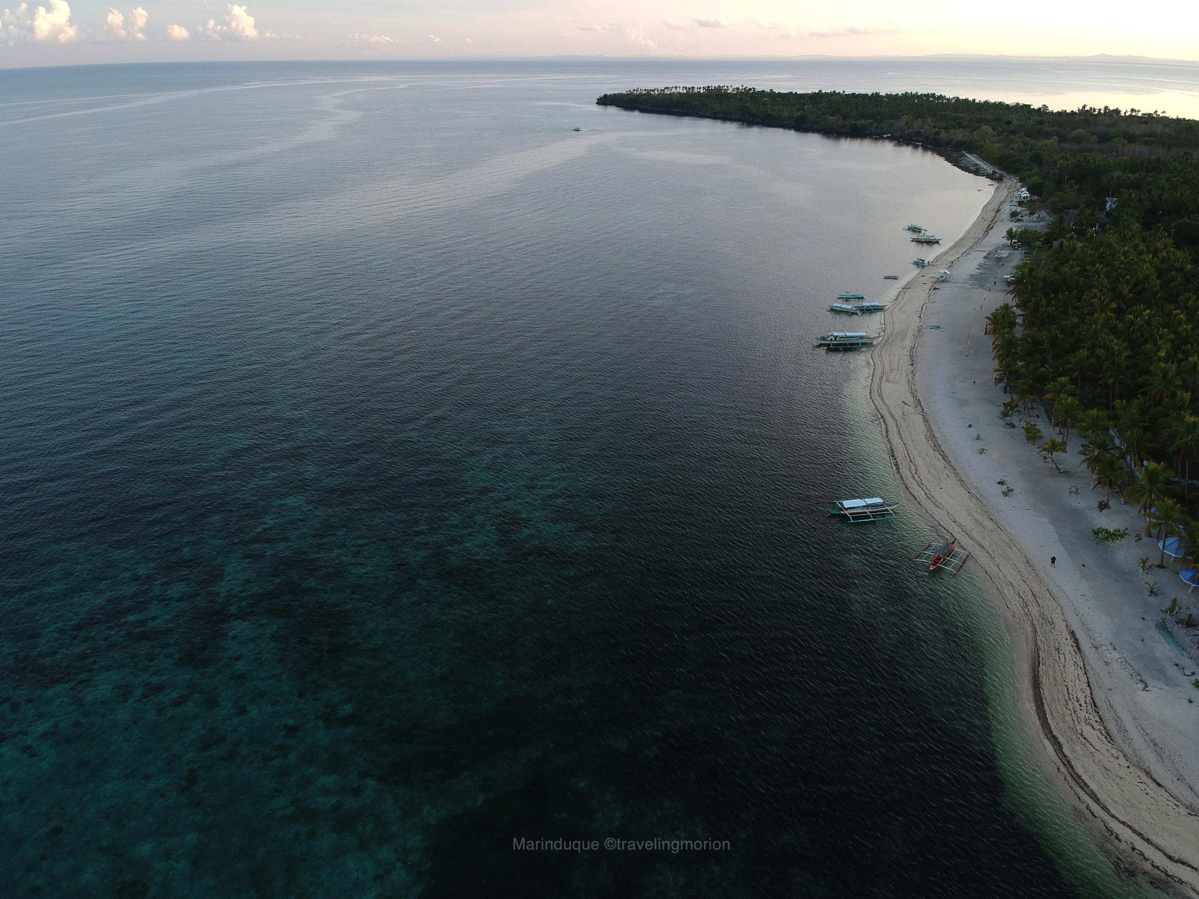 Maniwaya Beach