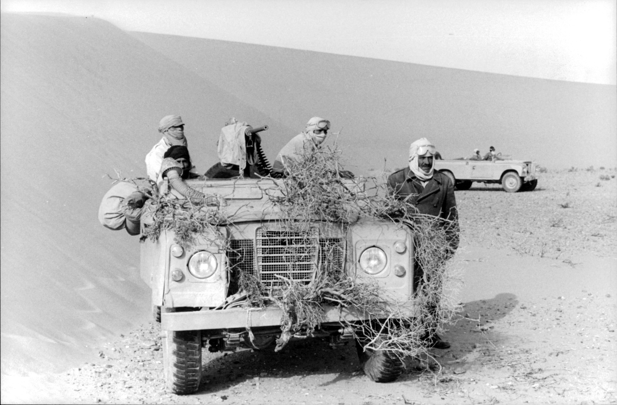Le conflit armé du sahara marocain - Page 11 48517041687_b68b611d4c_o