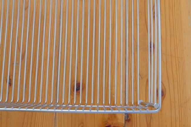 お手入れ簡単な燕三条製の水切りカゴ
