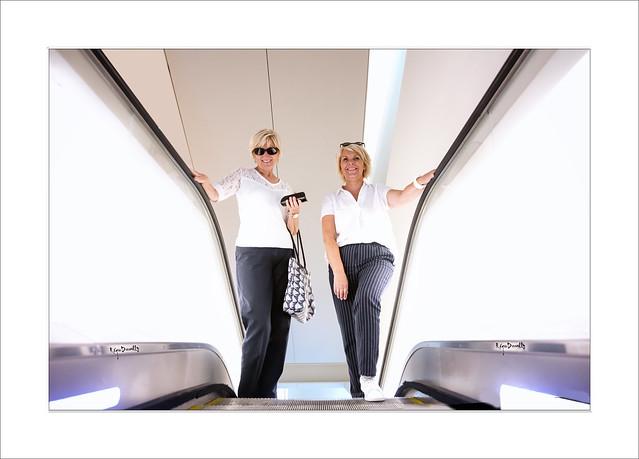 Fondation Vuitton, l'escalator...Une oeuvre d'art :-)))