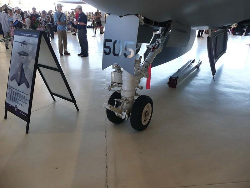 Northrop Grumman X-47B UCAS-D 00004