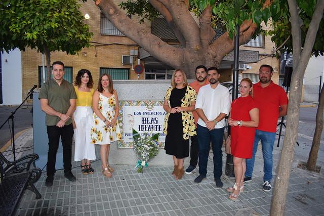 Corporación municipal Los Palacios y V en homenaje a Blas Infante