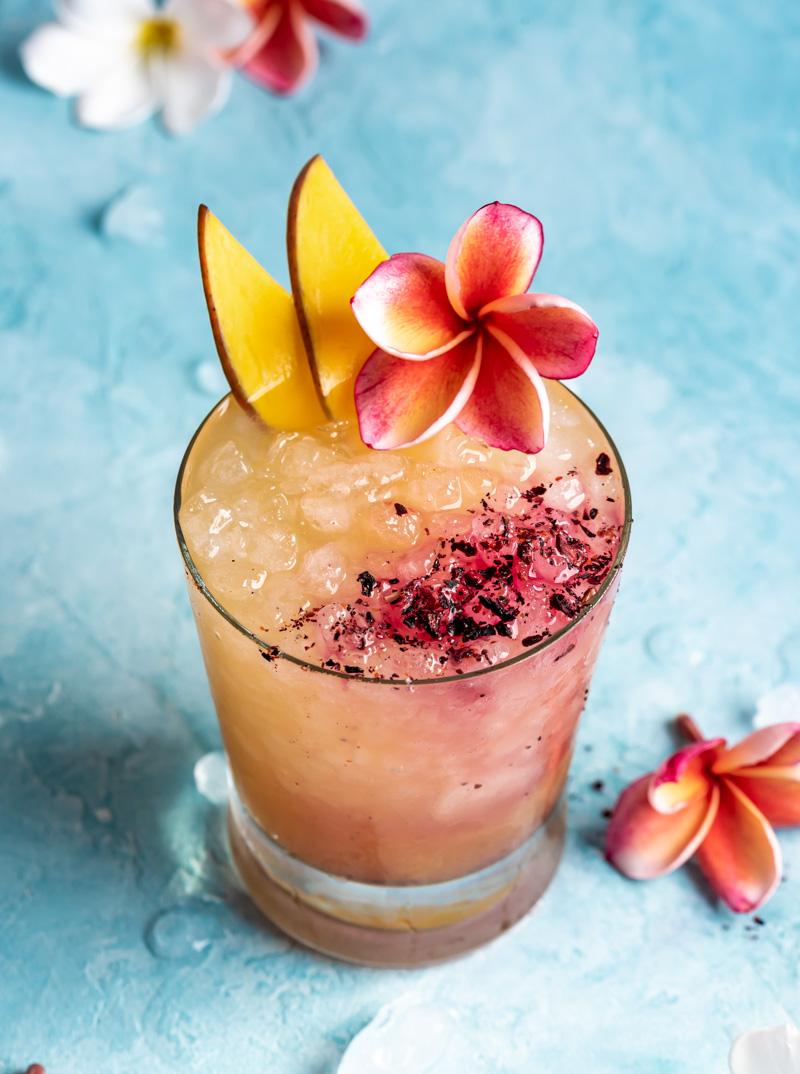 Spicy Mango Sake Rum Cocktail www.pineappleandcoconut.com