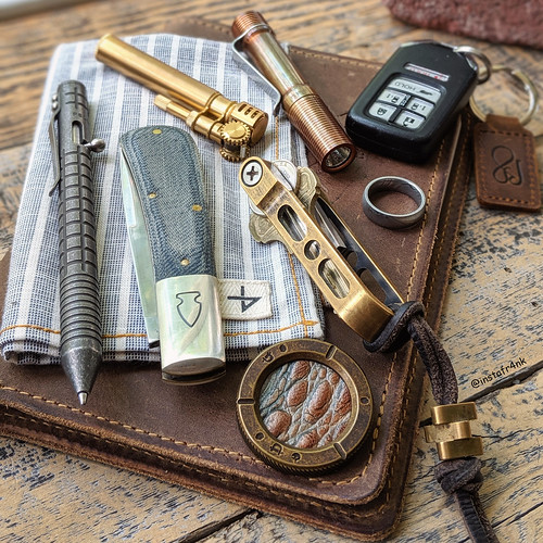 Northwoods Madison Barlow, Fellhoelter TiBolt pen with Monkey Edge frag pattern, Peter Atwood Game Coin | by edcbyfrank