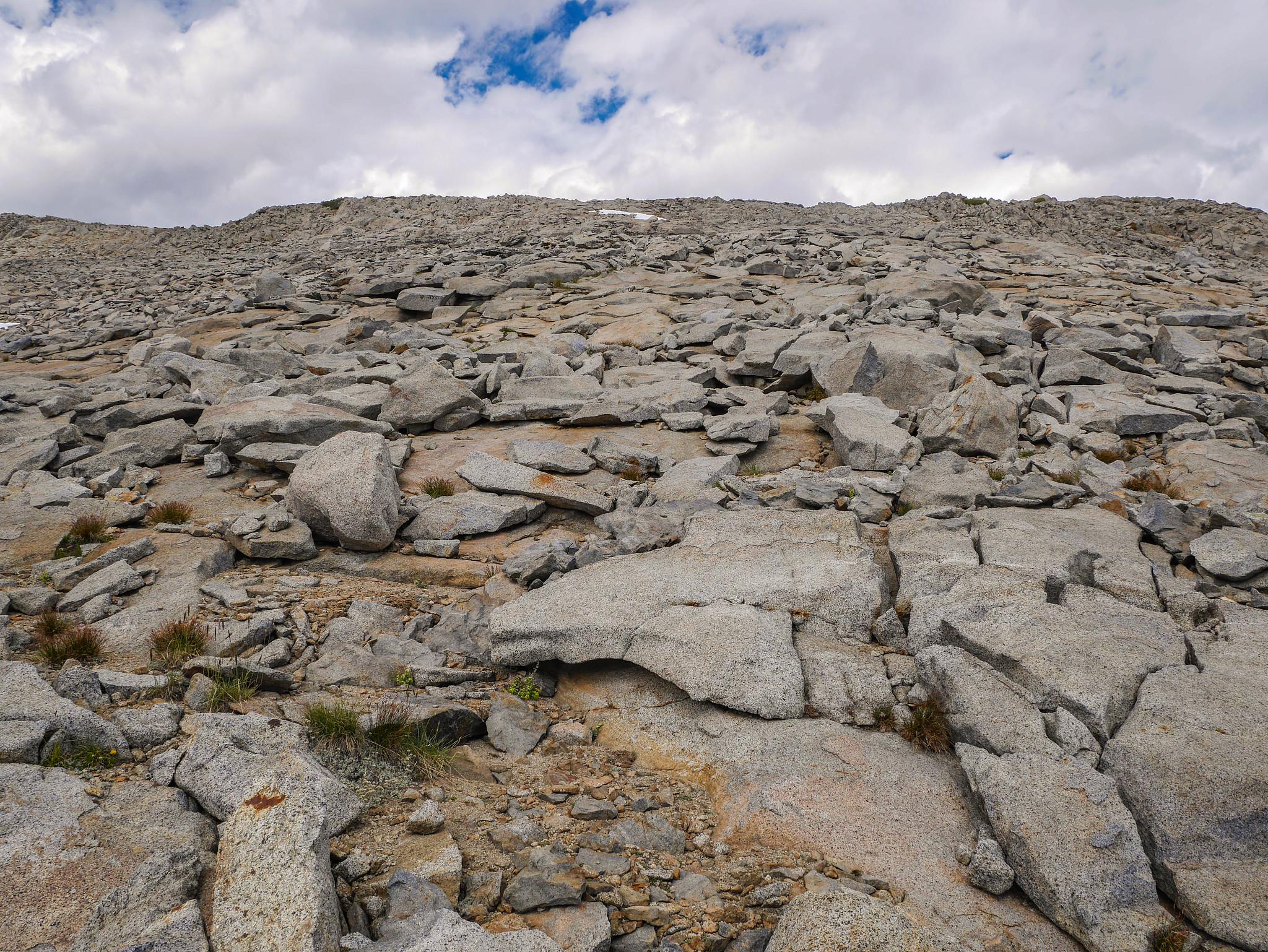 Ascending Amelia Earhardt pass
