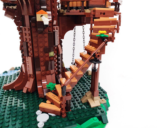 LEGO Ideas Tree House (21318)