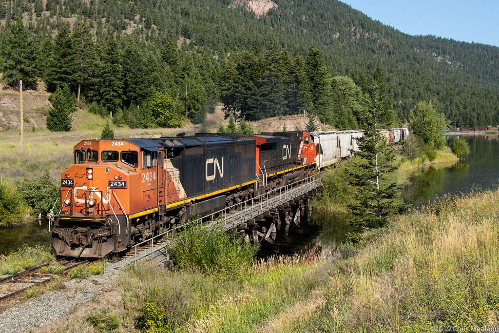 CN 2434 ~ Monte Lake