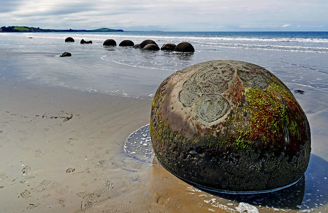 The Moeraki Boulders NZ