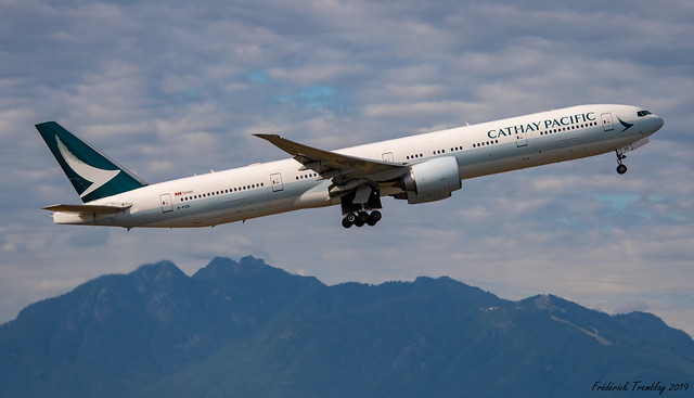 Cathay Pacific / Boeing 777-367(ER) / B-KQB / YVR