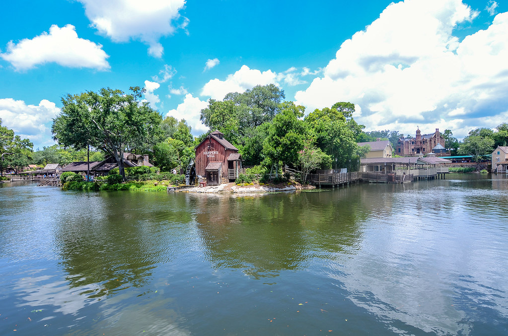 Harper's Mill daytime Tom Sawyer Island MK