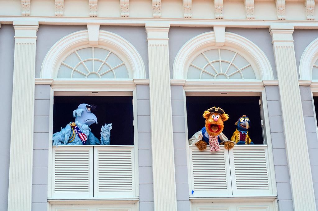 Fozzie yelling Muppets Present MK