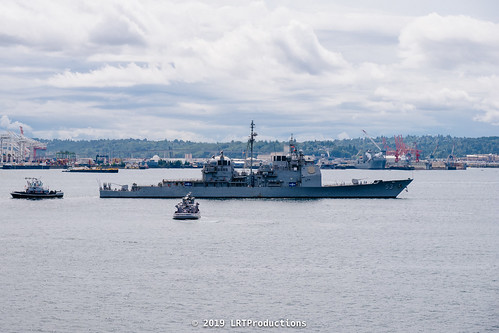 Seafair Fleet Week and Boeing Maritime Celebration 2019 - USS Mobile Bay (CG 53) & USS Spruance (DDG