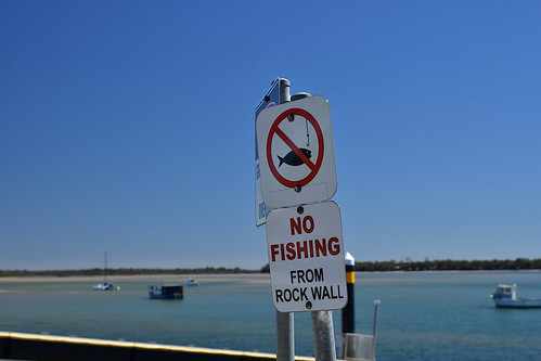 2019 landscape bluesky water sign boats depthoffield dof d7200 tamronsp2470mmf28divcusd fish