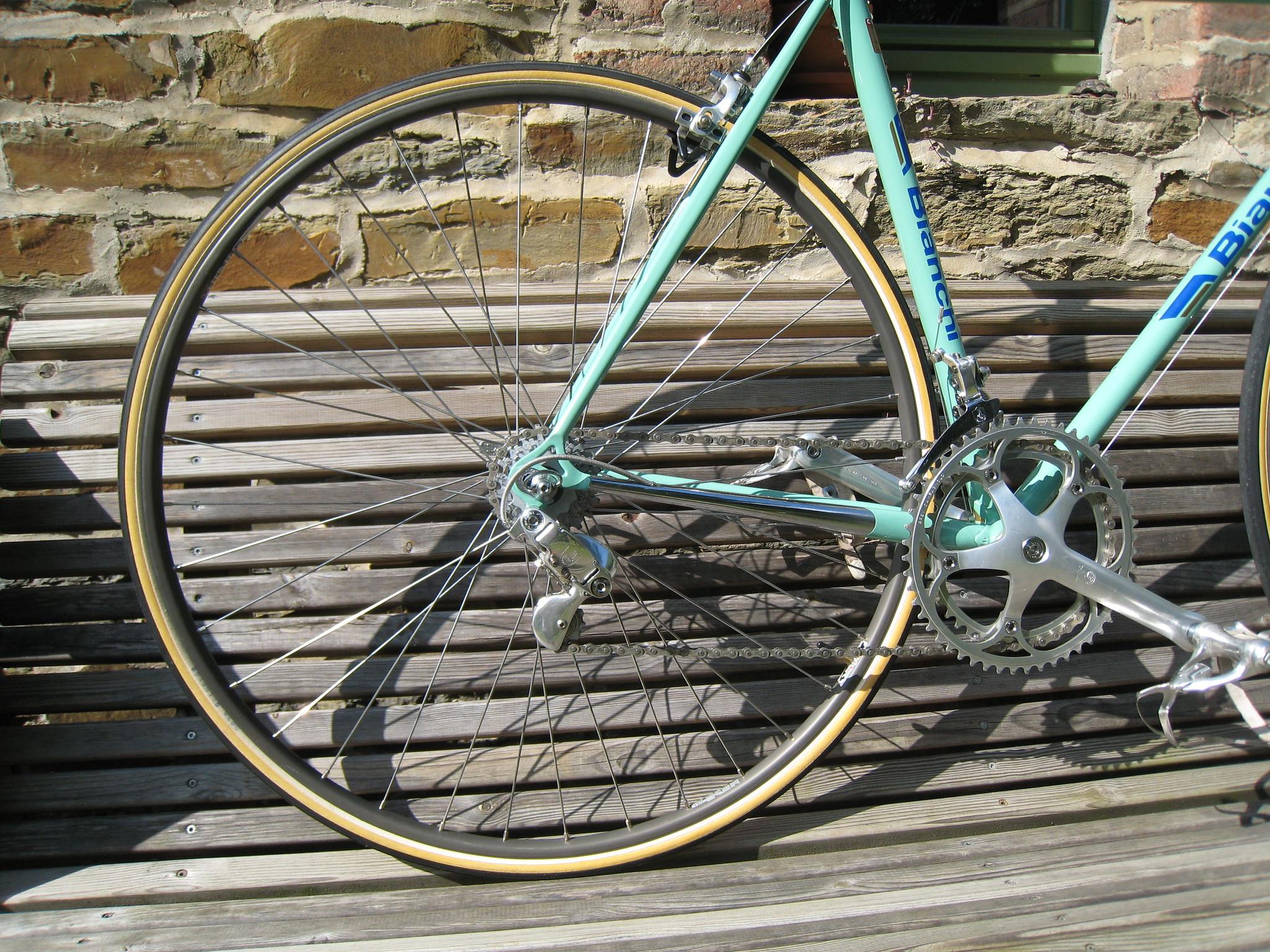Ajout d'un Bianchi X4 1986 48526760876_6c5f6d677c_k