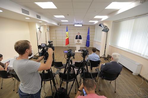 12.08.2019 Briefing de presă a Președintelui Comisiei de anchetă pentru analiza modului de organizare și desfășurare a privatizării și concesionării proprietății publice (2013-2019), Igor Munteanu.