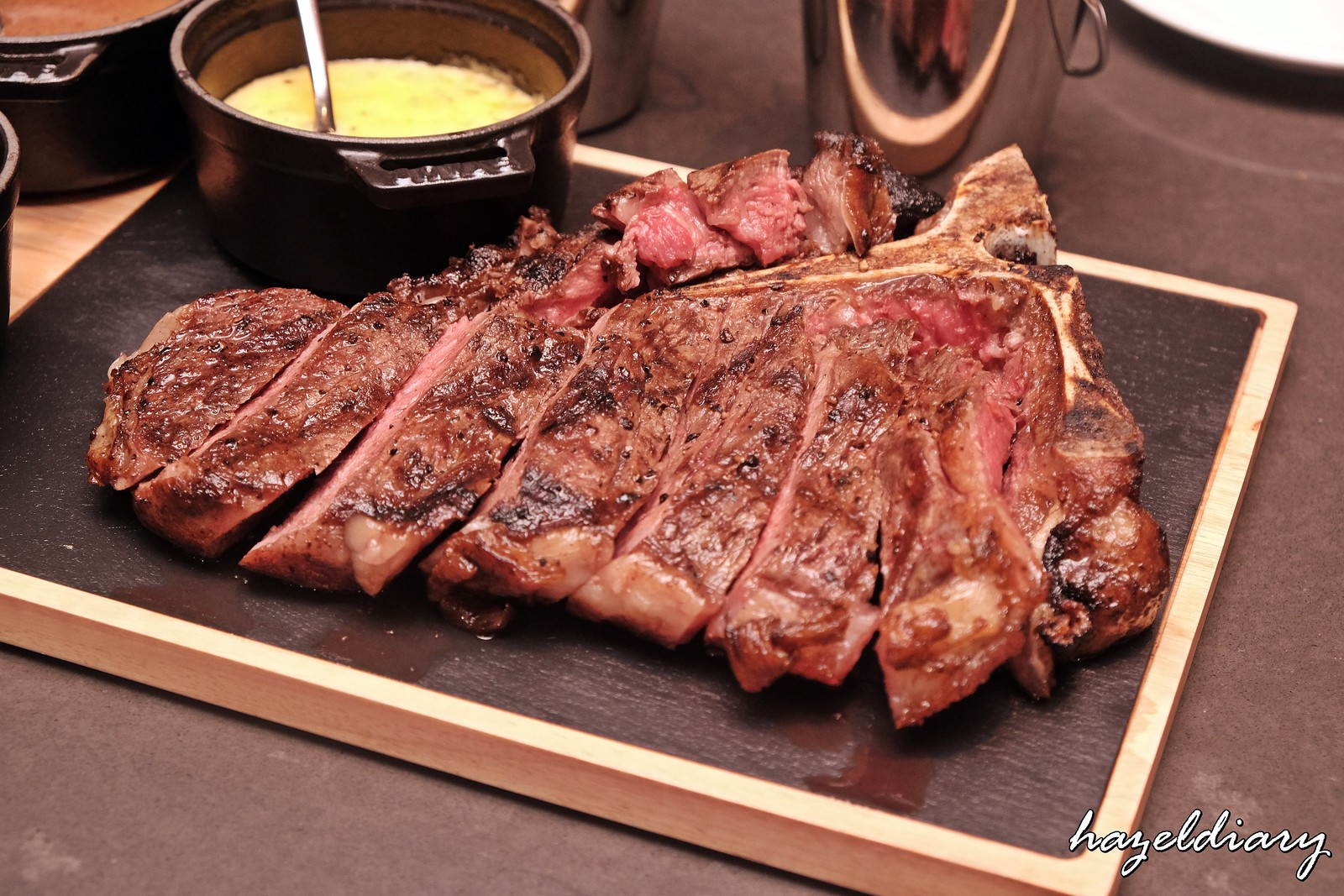 Crossroads-Marriott Tang Plaza Singapore-Steak