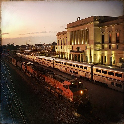 hipstamatic jane sussex photooftheday architecture landscapes sunrise travel beautiful bnsf 4633 amtrak