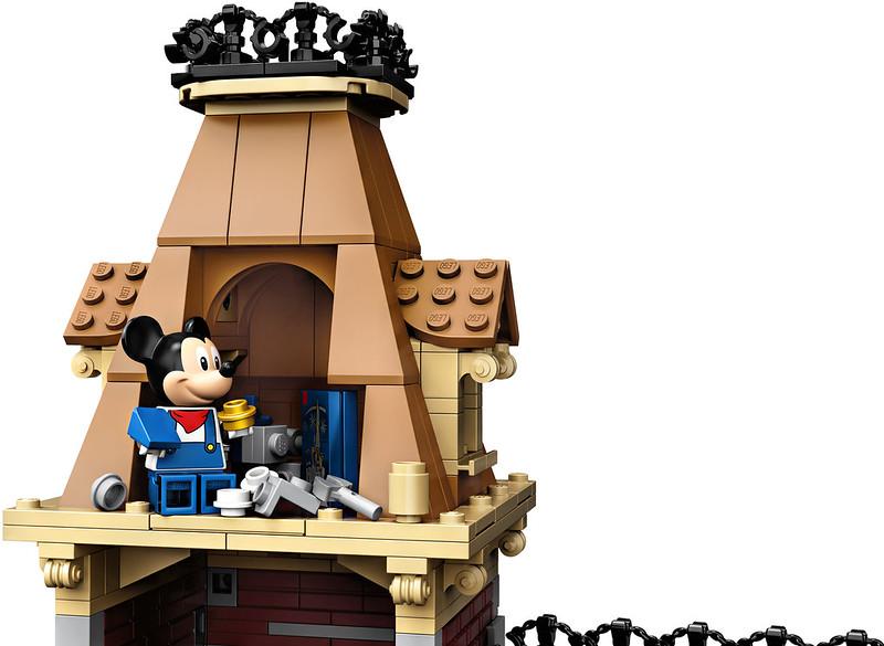 71044 Disney Train & Station