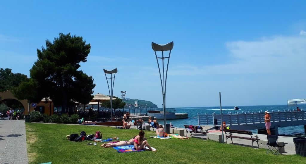 Naar het strand in Koper, Slovenië | Mooistestedentrips.nl