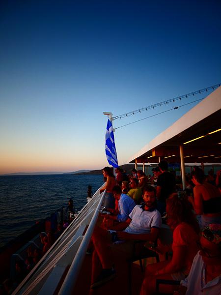 bateau la nuit
