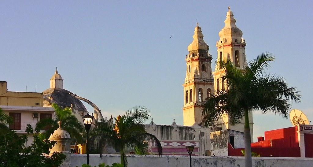 MEXICO, frühmorgens in Campeche , Kathedrale La Concepción,  19191/11859