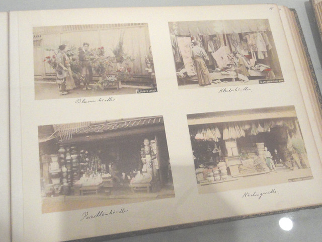 Fotos aus Fotoalbum mit japanischen Lackeinband / Photos from Photoalbum with Japanese lacquer covers (1903)