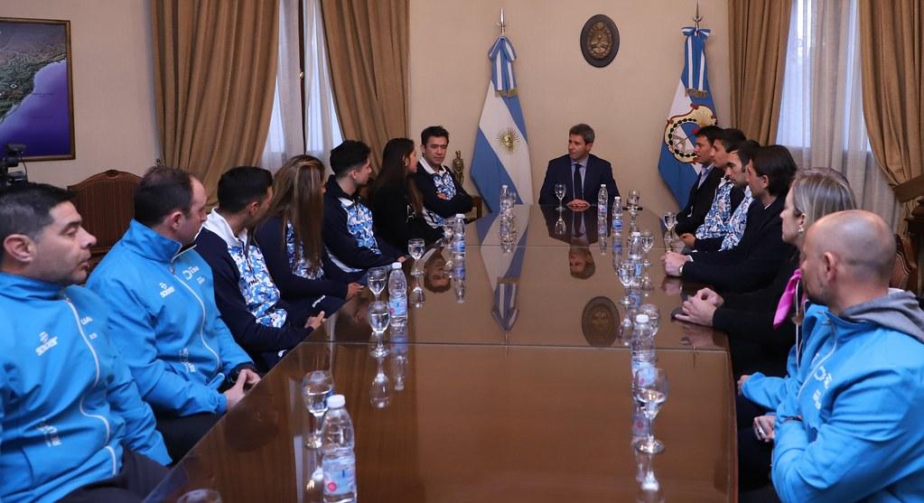 2019-08-13 PRENSA: Uñac recibió a Deportistas Sanjuaninos que Participaron de los Juegos Panamericanos Lima 2019