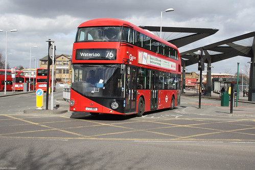 Go-Ahead London LT885 LTZ1885
