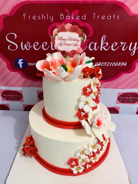 Cake by Ru Thie